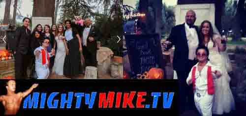 Dwarf Entertainer Minister Mighty Mike as Small Character Mini Elvis at 702 Las Vegas wedding Chapple and Banning Ministry service to Marry both couple, great Midget Mc, Disc Jockey Dj Mighty Mike Midget Performing at your Wedding Ceremony.